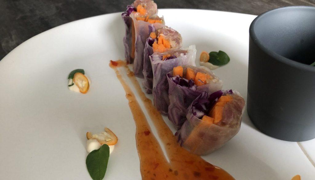 Rollito vietnamita de tartar de atún